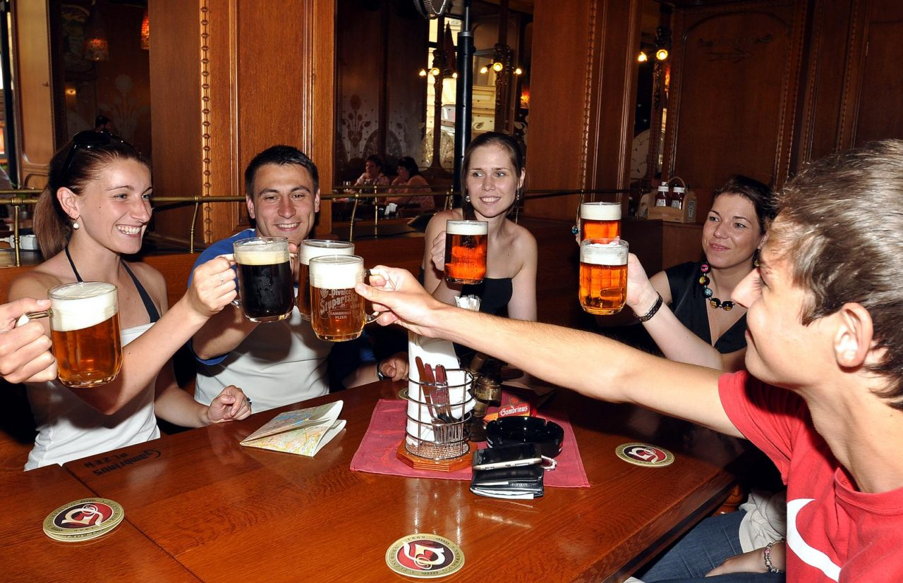 Prague Pub Crawl Tour