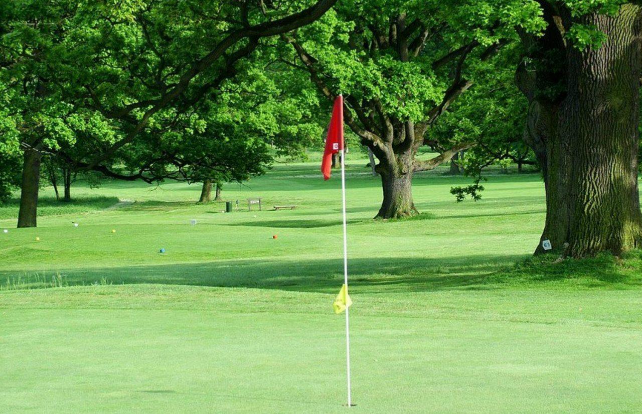 Golf Course Silherovice