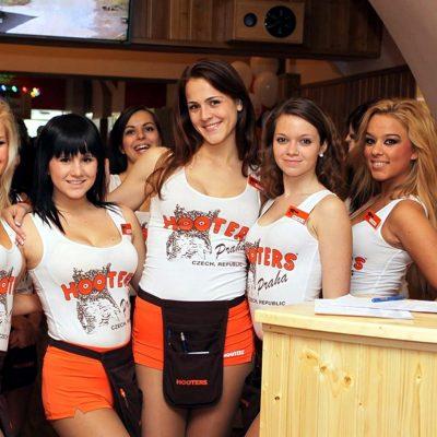 Hooters Prague